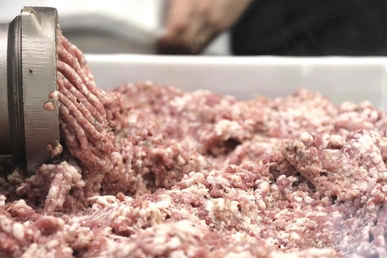 make_sausages_mincer